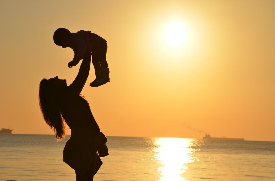 También existen proyectos de cohousing para madres solteras.