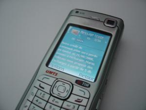 Enviar sms, ¿es retro, moderno o viejuno?