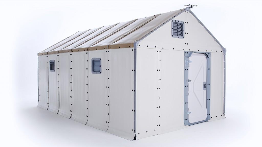 La unidad Better Shelter cuenta con ventilación y con puerta con candado.