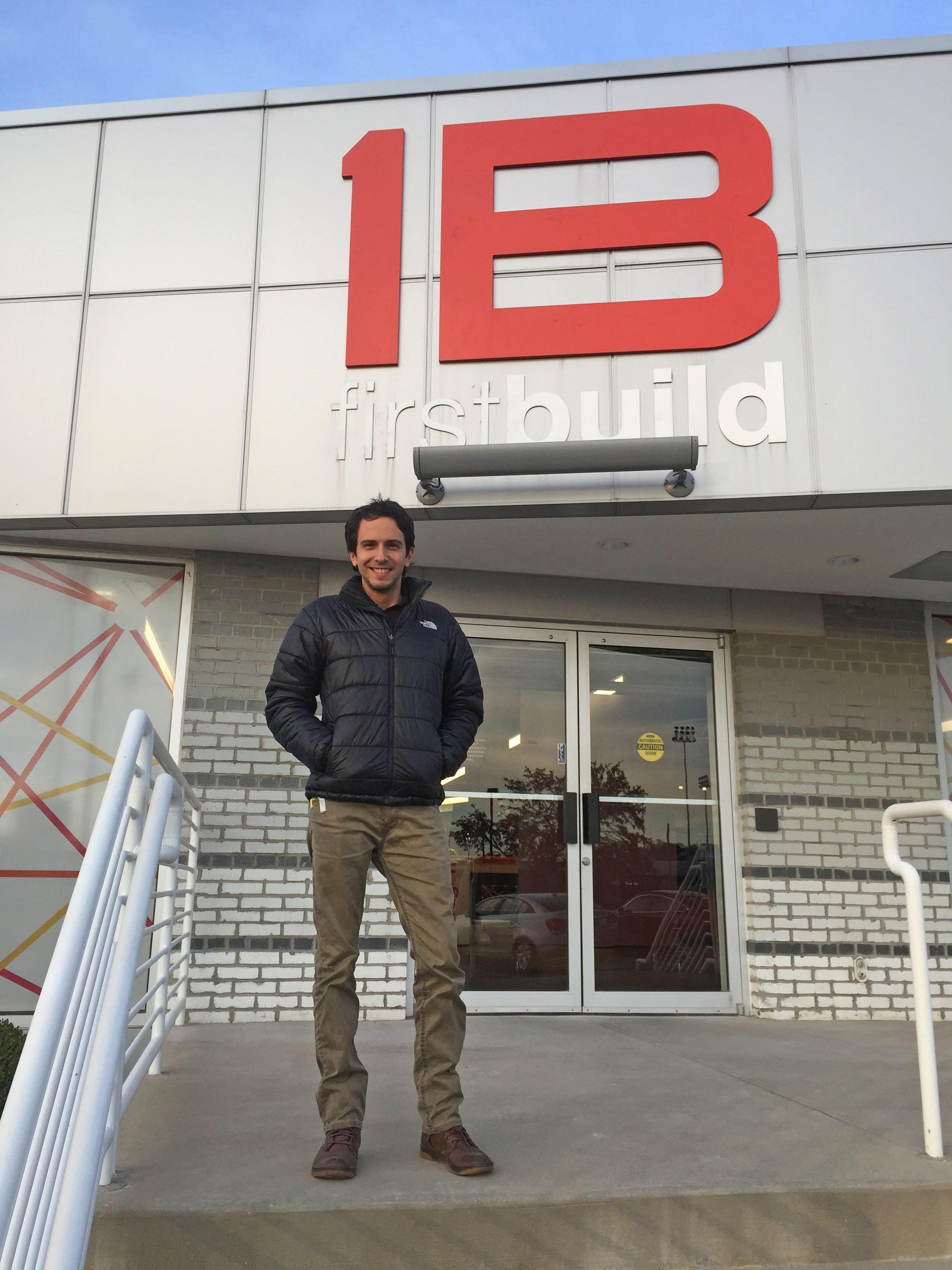 Tomás Garcés en FirstBuild