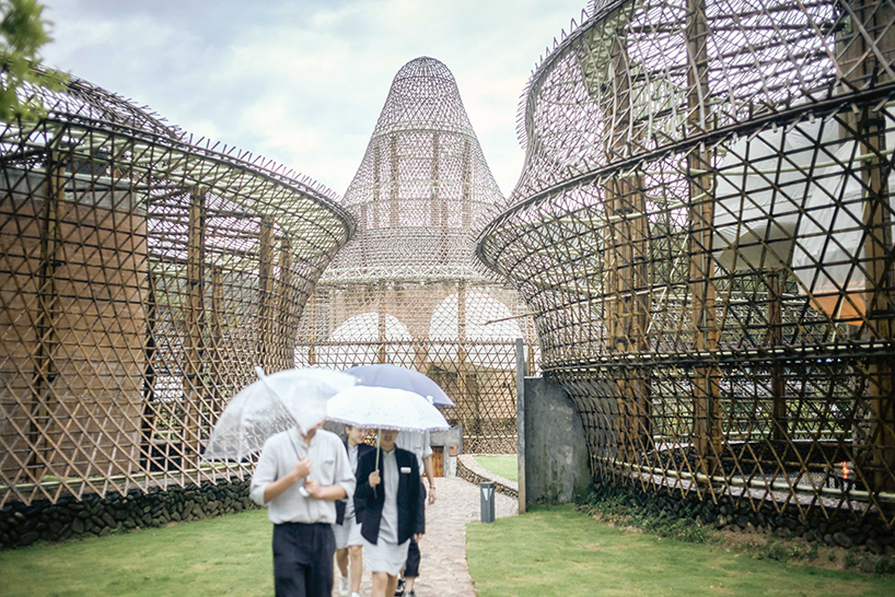 ConnectionsbyFinsa_bioconstruccion_bienal_bambu_julienlanoo