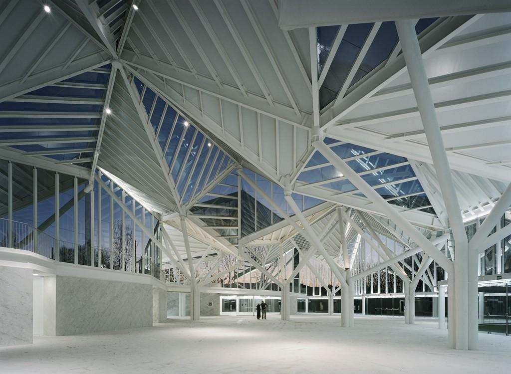 Glass pavilion in Cuenca. Moneo Brock